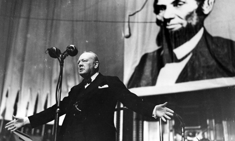 5 Lessons in Public Speaking from Winston Churchill